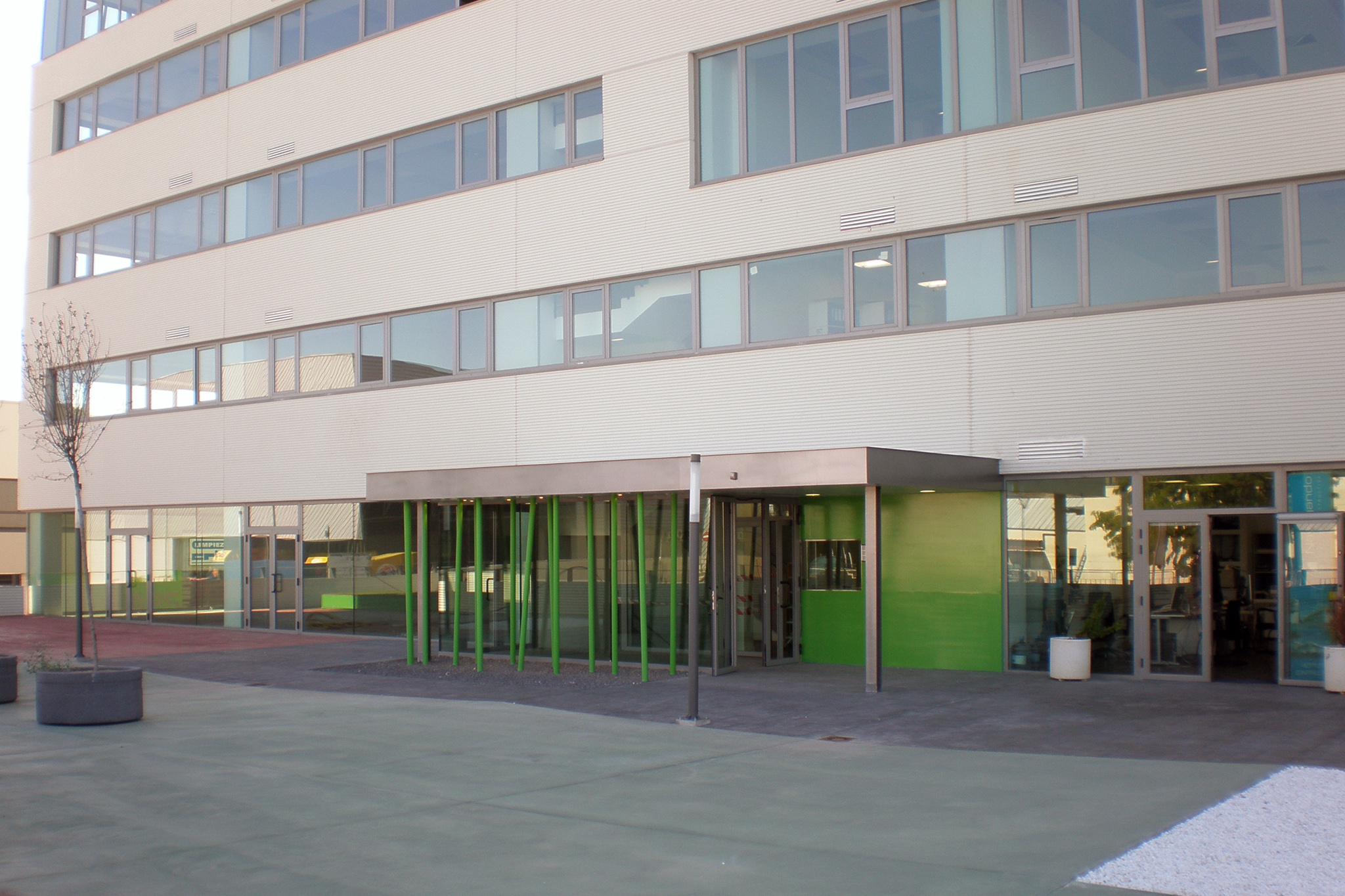 Edificio de oficinas coslada tecnyconta for Edificio oficinas