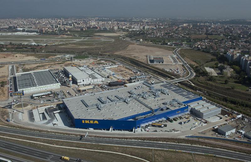Proyectos de edificaci n con hormig n prefabricado for Oficinas sabadell zaragoza